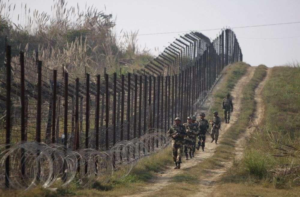 http://newstrack.outlookindia.com/images/jk_border_1_2.jpg